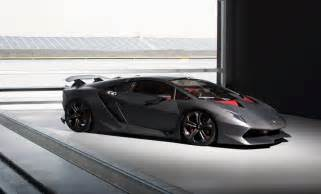 Lamborghini Sesto Elmento Lamborghini Sesto Elemento Hits The Track