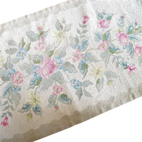 Shabby Chic Runner Rug Chetic Scotia Shabby Chic Hooked Rug Runner From Cachetantiques On Ruby