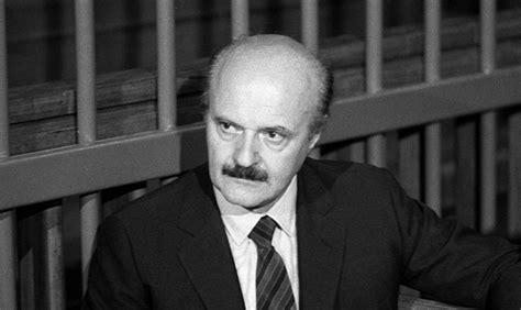 calvi banco ambrosiano murder of banker roberto calvi vatican mafia or secret