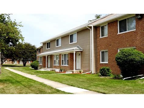 2 bedroom apartments in forest park il pangea park townhomes apartments park forest il walk score