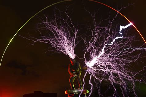 Tesla Coil Suit Guitarist Creates Lightning During Gigs By