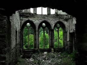 forgotten places magical abandoned places that give us goosebumps 33 pics