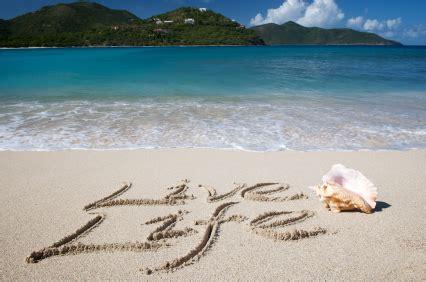 living on the beach beach inspirational quotes enjoy life quotesgram