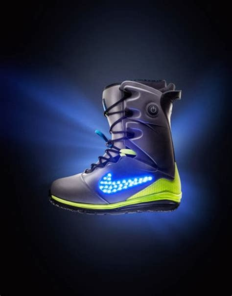 light up snowboard boots punch nike s light up snowboard boots