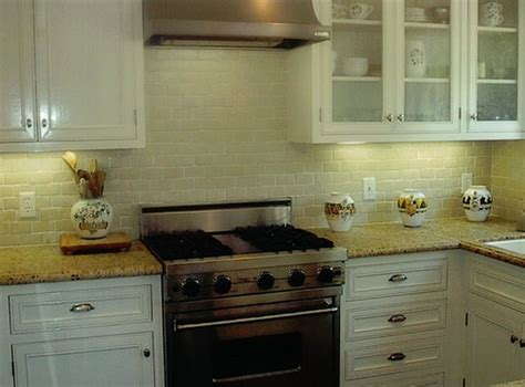 new venetian gold granite backsplash ideas pin by casey horst on new kitchen