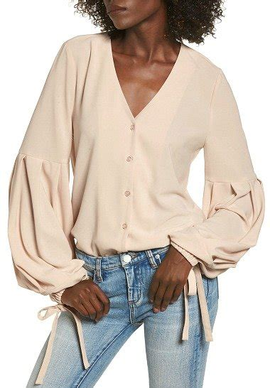 Flowy Baloon Sleeve Top the best statement sleeve tops for fall 2017 fabulous