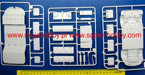 Vw Volkswagen Samba Scale 132 Urago vw t1 samba lufthansa model do sklejania revell 07436