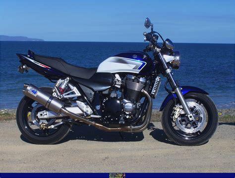 Suzuki 1400 Gsx Suzuki Gsx1400 Suzuki Wiki Motorcycles Catalog With