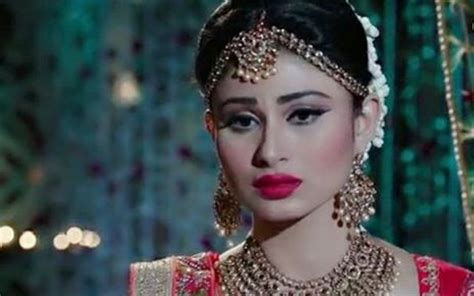 voot nagini2 mouni roy in naagin 2 but with a twist