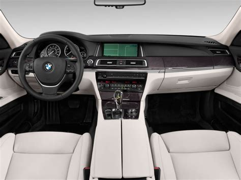 Bmw 7 Series 2014 Interior by 2014 Bmw 7 Series Review Price Specs Engine Changes