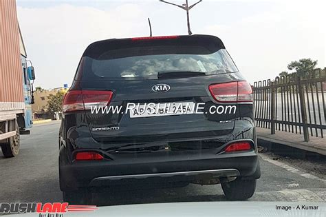 new kia 7 seater new kia sorento 7 seater suv spied undisguised in india
