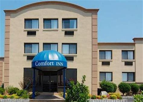 comfort inn edgewater new jersey comfort inn edgewater edgewater deals see hotel photos