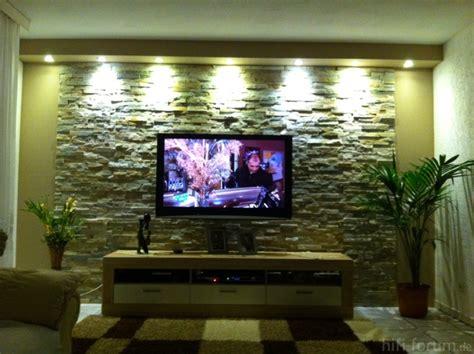 beleuchtung natursteinwand wohnzimmer hier meine steinwand mit tv racks geh 228 use hifi forum