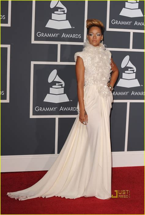 Grammys Carpet The Day After by Rockin On The Carpet The Grammys Pandora S Makeup