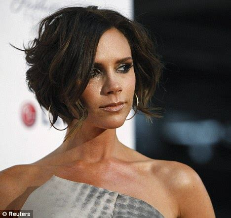 hairstyles for bed victoria beckham shows off her tousled new bed head bob at