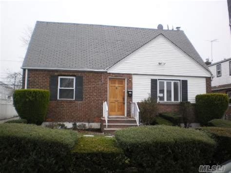 house for sale in elmont 136 fieldmere st elmont new york 11003 reo home details foreclosure homes free