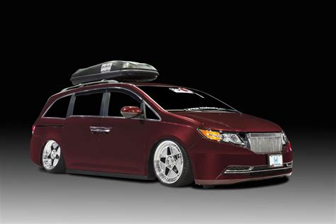 custom honda odyssey 2014 honda odyssey gets 1 000 hp from bisimoto