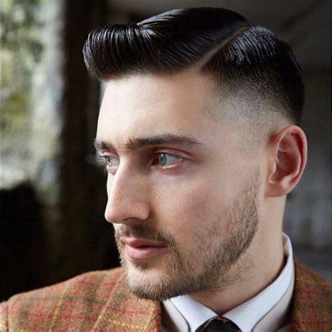 tradional mens hairstyles 七三分けがおしゃれ 社会人にも愛されるメンズヘアスタイル 七三ヘア vokka ヴォッカ