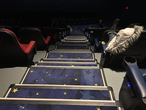 cineplex metropolis silvercity metropolis cinemas 30 photos 59 reviews