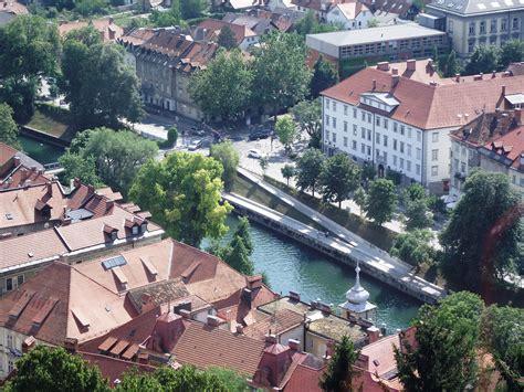 turisti per caso slovenia lubiana dall alto viaggi vacanze e turismo turisti per
