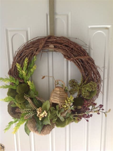 How To Decorate A Grapevine Wreath by 10 Best Grapevine Wreaths Images On
