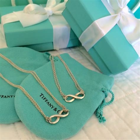 Tifany Set by Co Jewelry Co Infinity Set In