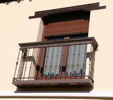barandillas de balcones balc 243 n barandilla de forja 13 forja miguel forja