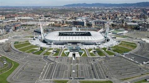 panchina juventus stadium torino juventus stadium cambia nome a luglio diventa