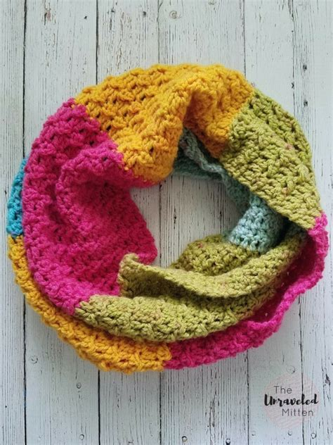 texture pattern scarf textured infinity scarf pattern using one caron cake the