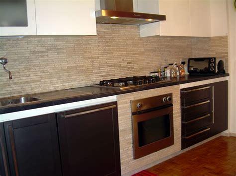 mosaico cucina parete cucina mosaico trova le migliori idee per mobili