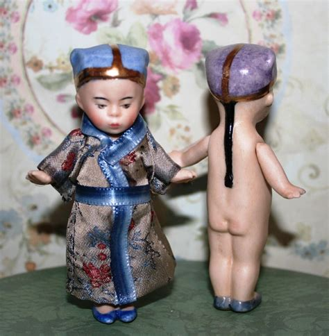 reproduction frozen dolls small porcelain dolls