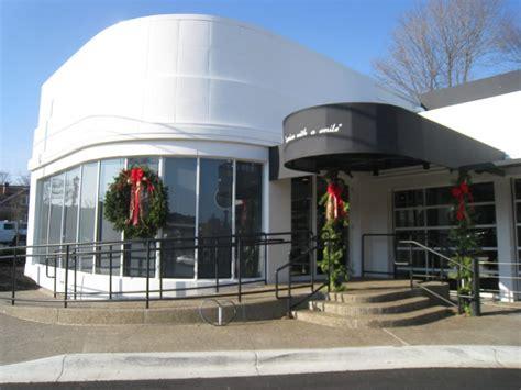 The Garage Northville by Garage Restaurant To Roaring Start In Northville Patch