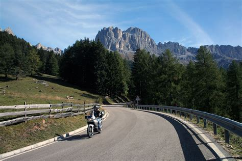 Motorradfahren Dolomiten by Motorradfahren In Den Dolomiten Berghotel Pin 233 Hotel