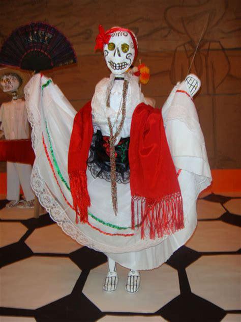 imágenes de calaveras vestidas calaveras vestidas de papel imagui