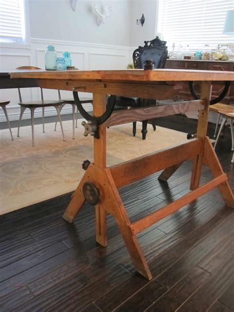 Classic Old Dafting Table Homesfeed Wood Drafting Table Plans