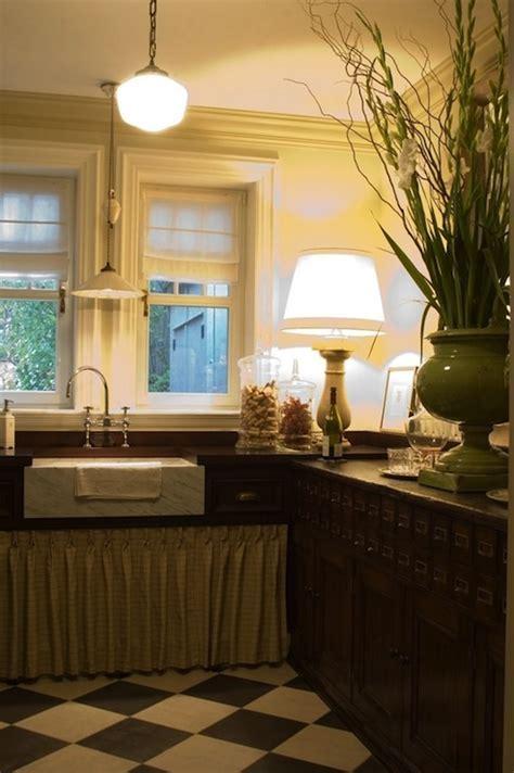 Apothecary Floor Lamp Design Ideas