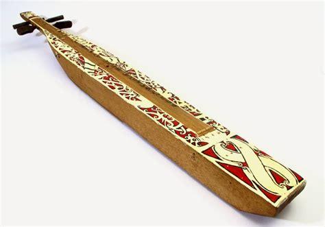 Alat Musik Pelindung Jari Silikon Untuk Memetik Senar Gitar Isi 4pcs se alat musik tradisional suku dayak di kalimantan kamera budaya