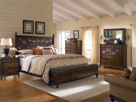 Teppich Vorm Bett by Schlafzimmer Bank Bietet Dem Schlafzimmer Mehr