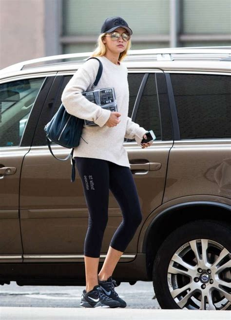 gigi hadid gym gigi hadid in leggings going to the gym in nyc