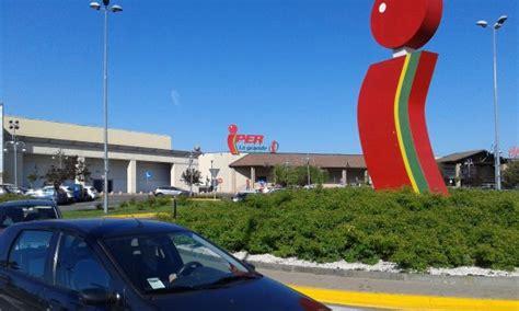 via montebello della battaglia pavia esterno iper centro commerciale montebello