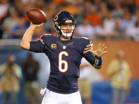 jay cutler chicago bears injury update jay cutler bids goodbye to