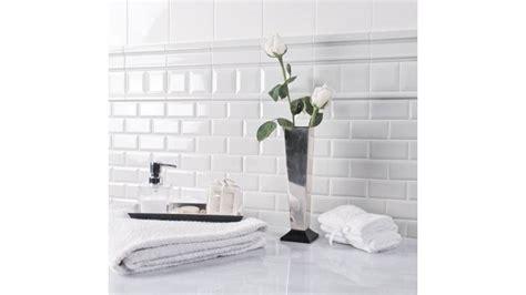 posare piastrelle bagno posa piastrelle bagno