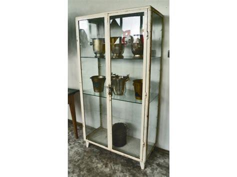 Vitrine Metall Glas by Interieur Vitrine Metall