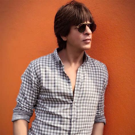 shahrukh khan best 100 shah rukh khan top best handsome images and wallpapers