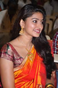 Sneha new saree stills sneha latest saree stills sneha hot saree