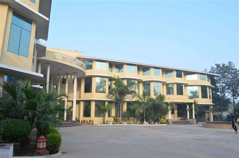 Swiss Cottage School Gurgaon by Cus Swiss Cottage School