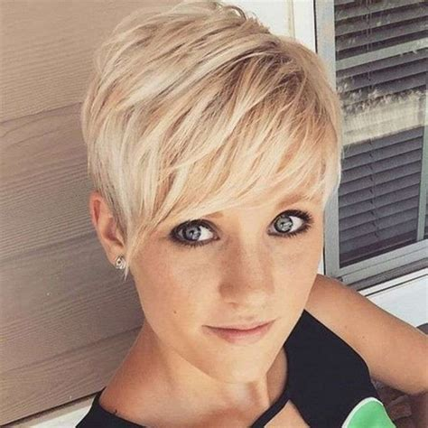 Short Trendy Haircuts For Women 2017 | trendy short hairstyles for women 2017
