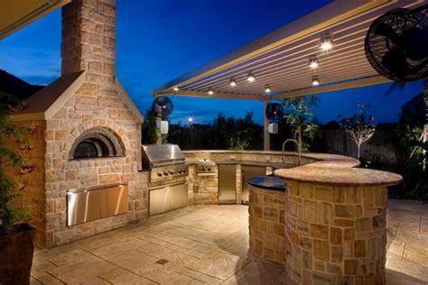 outdoor kitchen builder building the dream outdoor kitchen