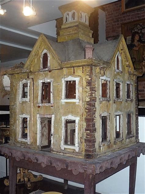 Handcrafted Doll Houses - dollhouse wow wood and sculpture