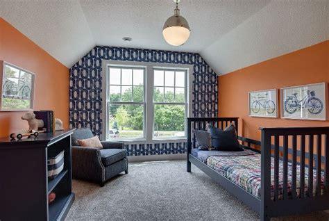 bedrooms with orange walls 25 best navy bedrooms ideas on pinterest navy master bedroom navy bedroom decor